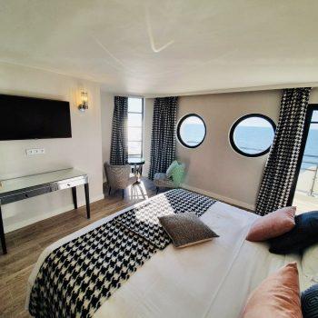 Hôtel Le Paquebot-Cabines 108-208-vue mer-Villerville-Normandie