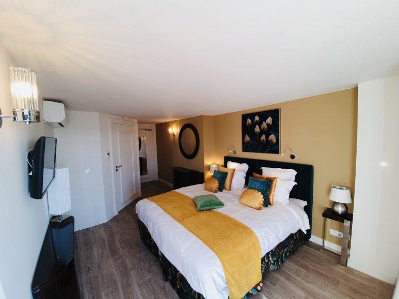 Hôtel Deauville-Le Paquebot-Cabines 107-207-vue mer-Villerville-Normandie
